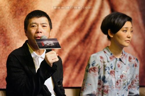 冯小刚现在回想起当初拍摄《大地震》的经历还觉得后怕