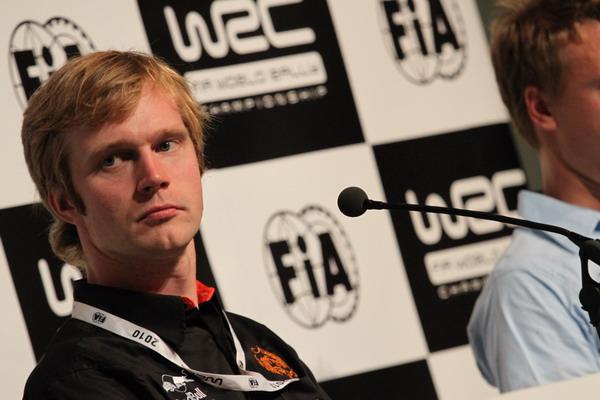 图文:FCACA征战WRC芬兰站 科托玛参加发布会