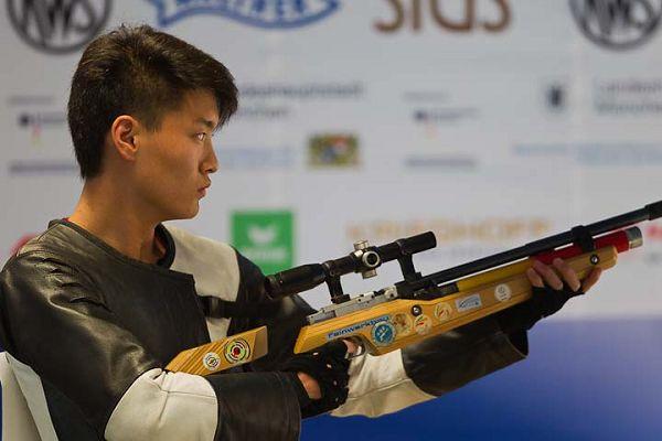 中国移动靶_图文男子10米移动靶中国帅小伙翟羽佳