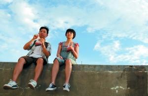 """首次当导演的阿牛(左),拉来了暗恋多年的李心洁配戏,很有""""假公济私""""的嫌疑"""