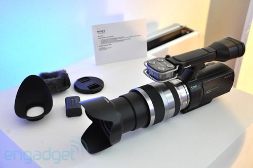 创意新产品 索尼APS-C可换头DV实物登场