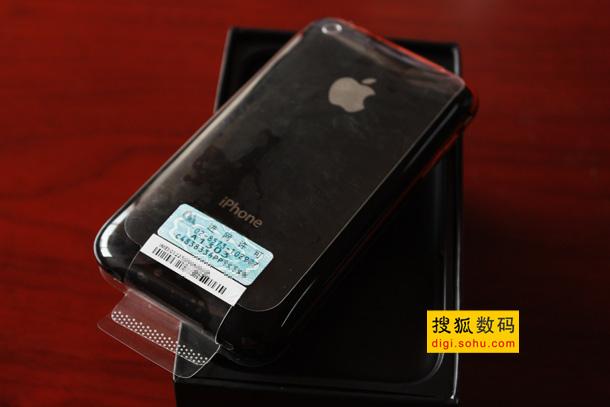 图为联通8GB版iPhone 3GS