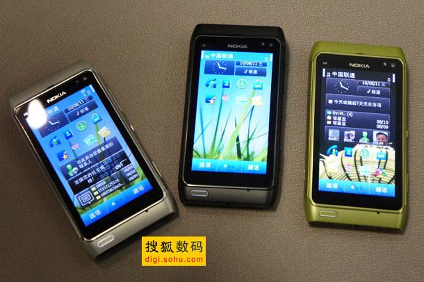 诺基亚N8贴身对比iPhone-4和Nexus-One (13)