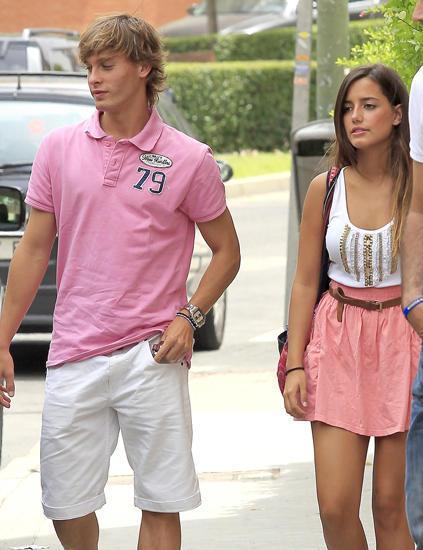 卡纳莱斯,这位19岁的少年也以英俊的面庞引起了很多女球迷的喜