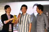 图:主持人黄锐向崔永元老师与张朝阳先生提问