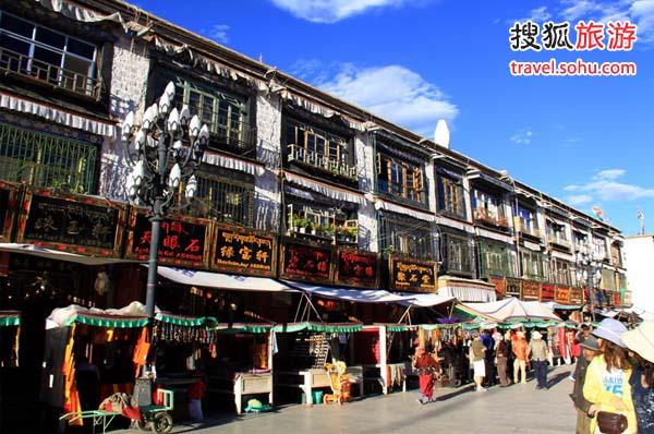 拉萨市八廓街_华西 西藏 西藏人文  2/5 (0)   八廓街,又名八角街,位于拉萨市旧城区