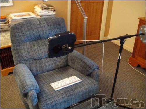 支架迷自制躺在苹果里玩iPad别墅沙发图纸cadv支架二层图片