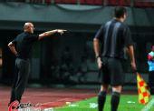 图文:[中超]长沙VS重庆 教练指挥