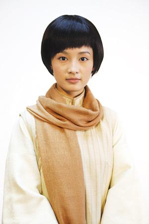 李沁饰演的杨开慧。