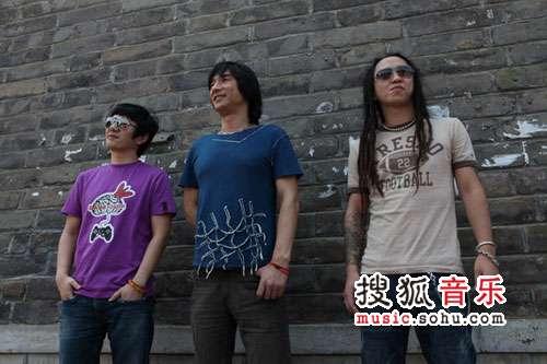 01郑钧丁武胡松