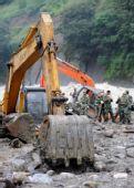 组图:云南贡山泥石流救援进行 失踪者生还渺茫
