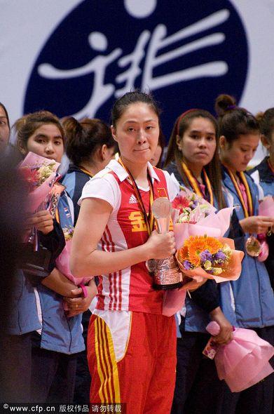 图文:中国女排1-3负美国 马蕴雯不太开心