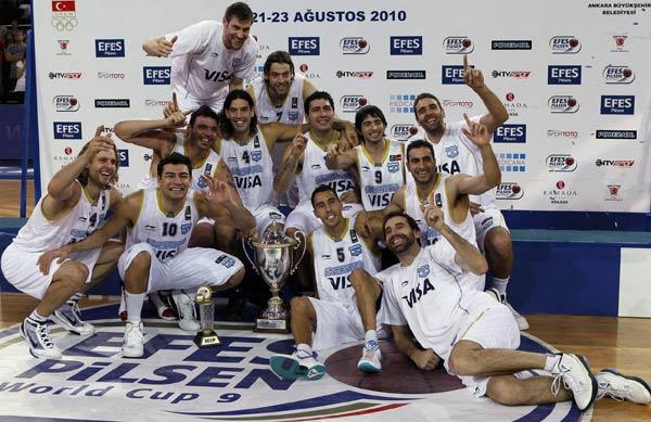 阿根廷球员庆祝夺冠