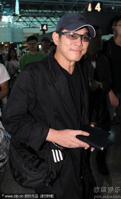 李连杰结束台湾访问