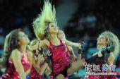 组图:世锦赛中国首战希腊 啦啦队激情热舞走光