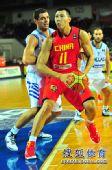 组图:男篮世锦赛中国首战希腊 易建联篮下称霸