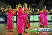 图文:世锦赛中国首战不敌希腊 金发美女