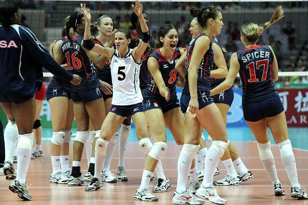 美国队庆祝夺冠