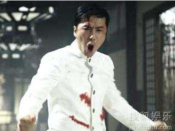 甄子丹在《陈真:精武风云》片中,有如李小龙上身