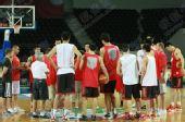 图文:[男篮世锦赛]中国备战波多黎各 全队集合
