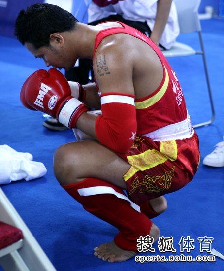 """顶举办,泰拳王蓝桑坤携师兄弟欲""""复仇"""",在四位参赛的泰拳选图片"""