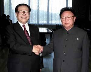 中国最高领导人与金正日的历次会谈10年6次访华