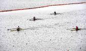 图文:水运会赛艇比赛 康伟获男子单人双桨冠军