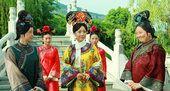 图:邓萃雯方青卓对戏