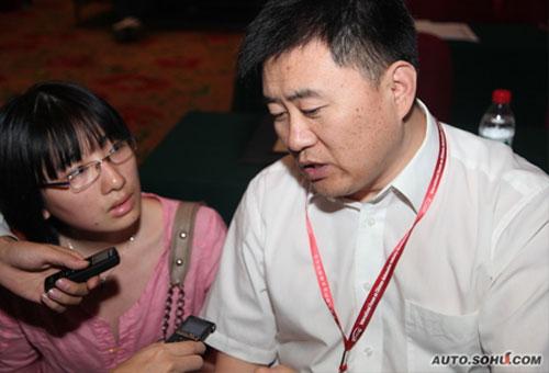 上海市新能源汽车推进办项目主管王哲