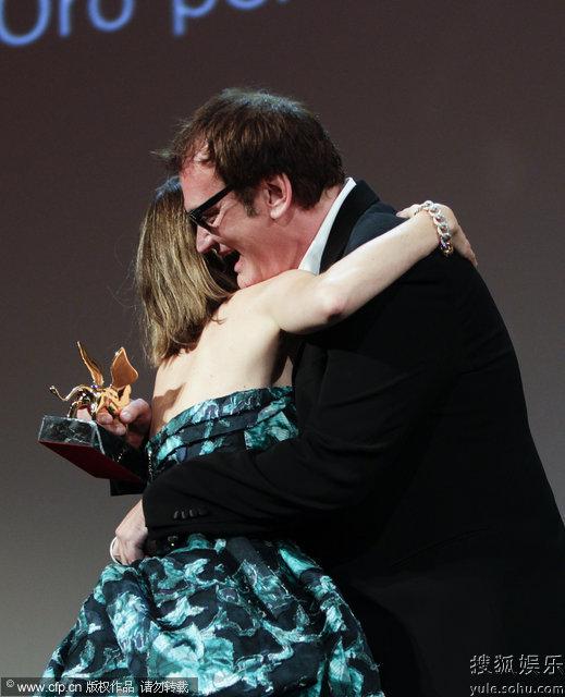 昆汀与前女友科波拉大方拥抱
