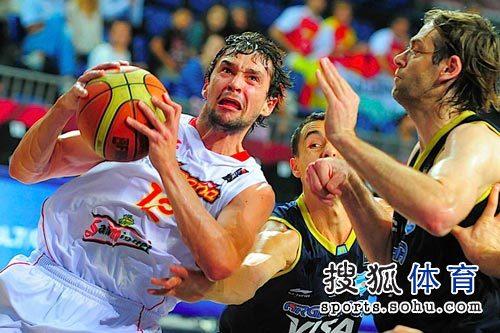 图文:男篮世锦赛精选 表情感人