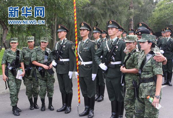 解放军三军仪仗队参加墨西哥阅兵彩排(组图)