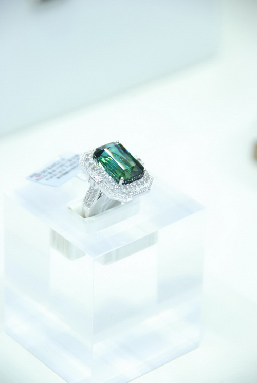 2010深圳国际珠宝展 现场精品大赏
