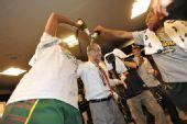 图文:风暴队夺WNBA总冠军 球员庆祝