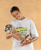 图文:风暴队夺WNBA总冠军 里特尔很高兴