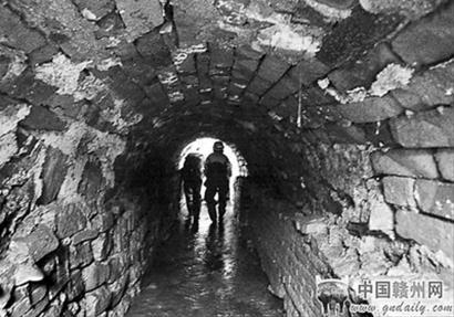 赣州市均井巷下的福寿沟内景。晨报资料图片