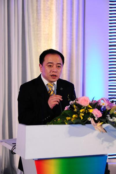 图文:2010年环中国赛圆满落幕 领导讲话