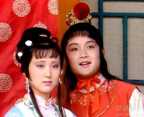 香港黄业癹n��)�h�zg>[�_《老梁故事汇》解析《红楼梦》