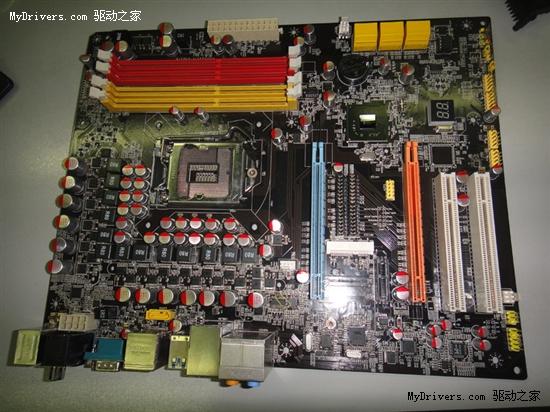 Sandy Bridge处理器做伴 昂达P67主板曝光