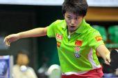 图文:女乒世界杯小组赛首轮 郭跃正手扣杀