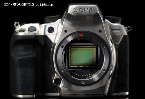X3的崛起 适马发布4600万像素新单反SD1