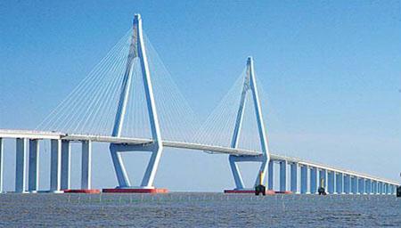 承建的桥梁钢结构