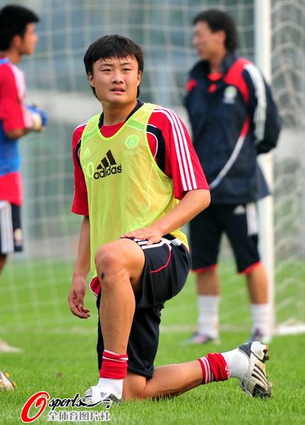 ...身比赛.公布了最新一期集训名单,其中王大雷回归国奥队,上赛季...图片 77752 430x600