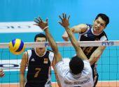 图文:男排世锦赛中国0-3法国 徐静涛重扣