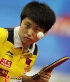 图文:乒乓球世界杯女团夺冠 郭跃眼神专注