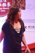 中国网球公开赛举行晚宴 詹咏然大变身