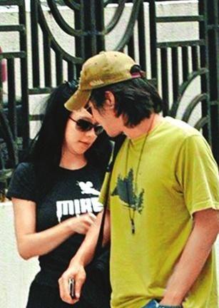 冯德伦徐若瑄分手_徐若瑄博客感慨嫁不掉 被疑与冯德伦分手-搜狐娱乐