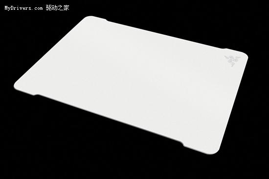 Razer首款金属垫 Ironclad无敌甲虫发布