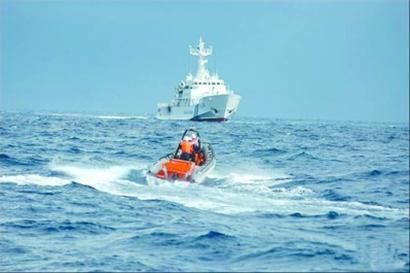 10月3日,中国小艇不惧日本大舰。