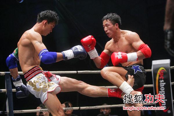 蓝桑坤成功复仇张开印师弟 蓝桑坤攻鞭腿图片